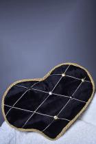 Подушка сердце с брошью-орденом