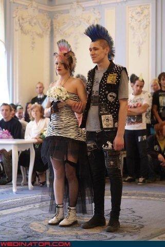 Шокируюшие свадебные наряды